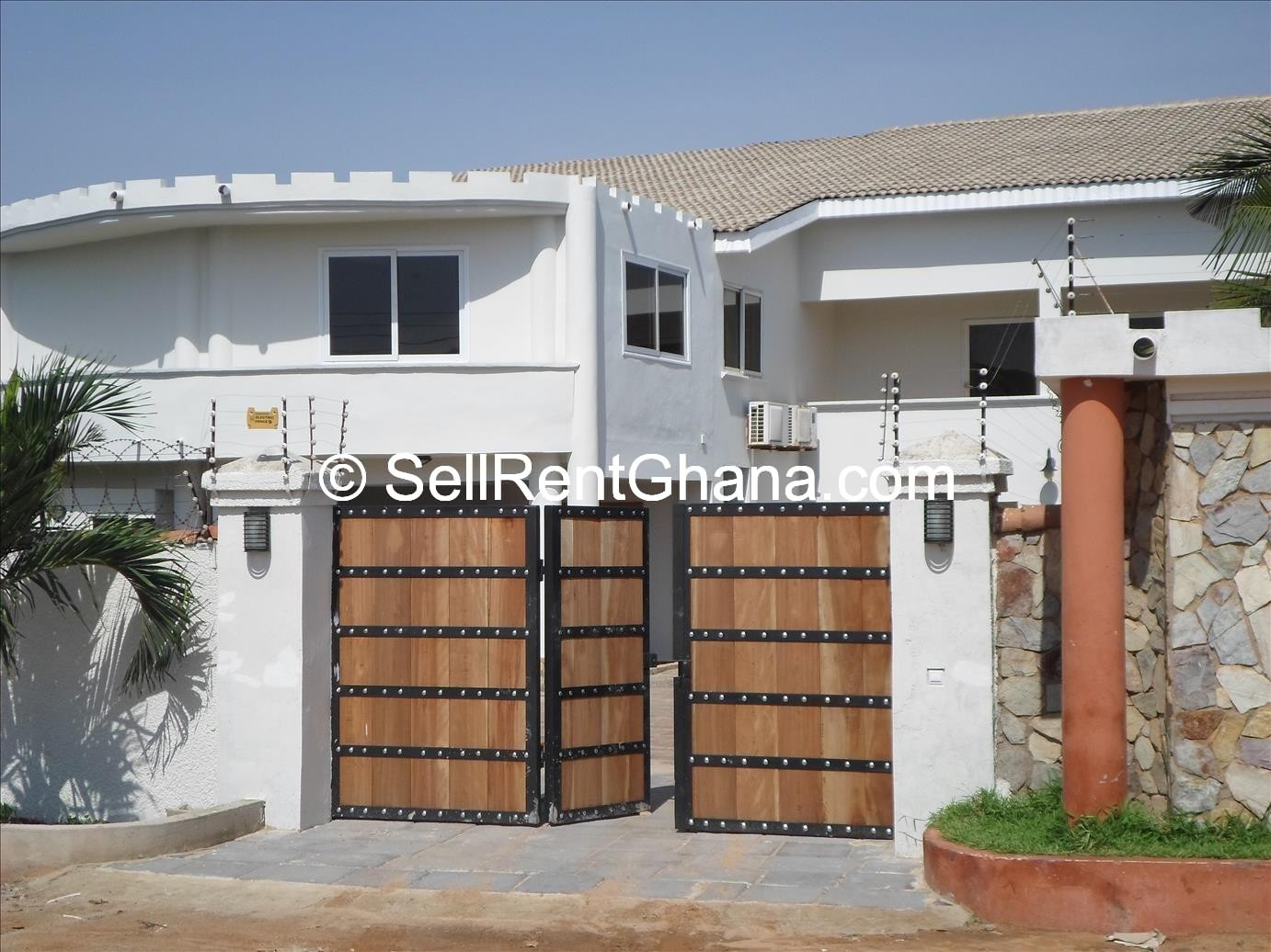 5 bedroom detached house pool to let sellrent ghana for 5 bedroom house with pool
