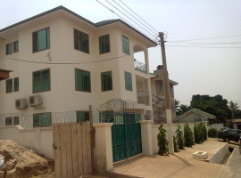 3 Bedroom Apartment to Let, Abelemkpe