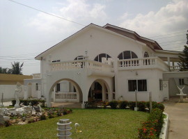 4 Bedroom House to Let, Abelemkpe