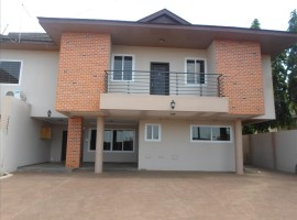 4 Bedroom House to Let, East Legon