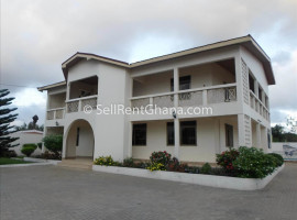 5 Bedroom House to Let in Dzorwulu with Pool