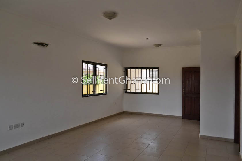 2 Amp 3 Bedroom House For Sale Tema Comm 25 Sellrent Ghana