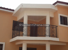 4 Bedroom Townhouse for Sale, Tema Comm 18