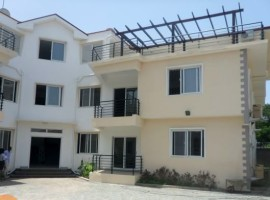 3 Bedroom Penthouse & Apartment to Let