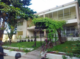 5 Bedroom House/Office + 2 Staff Quarter to Let
