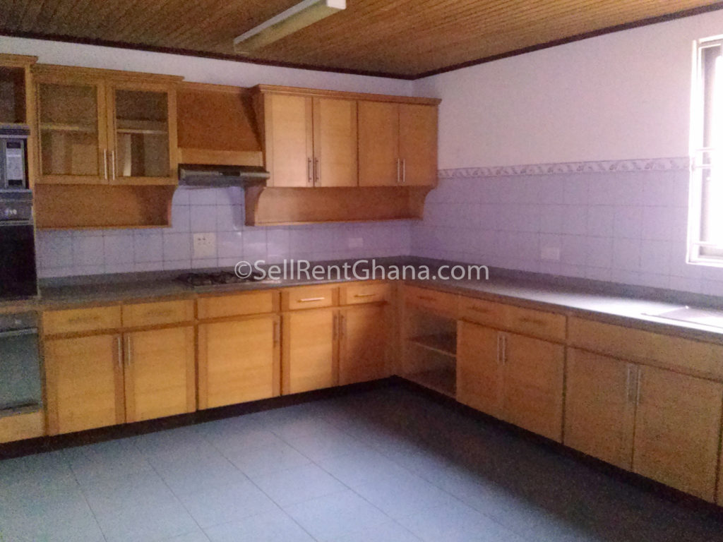 Bedroom Townhouse   Pool to Let Airport SellRent Ghana #956336