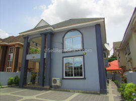4 Bedroom Townhouse + 2 Staff Quarters Renting