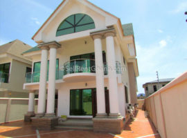 5 Bedroom House + Boys Qtrs Selling, West Legon