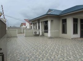 2 Bedroom House +BQ to Let,Tema Comm. 25